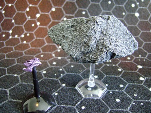 Jem 'Hadar with Asteroid