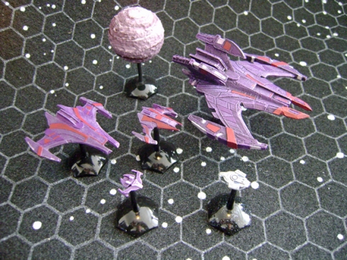 Jem 'Hadar with 1/7000 scale Defiant