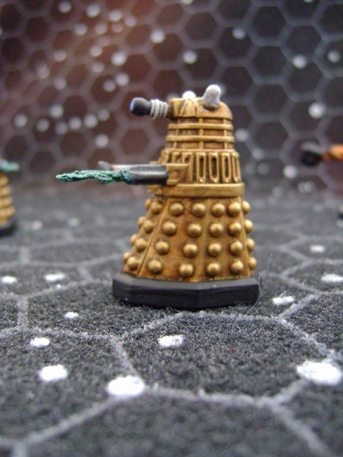 28mm Gold Daleks firing