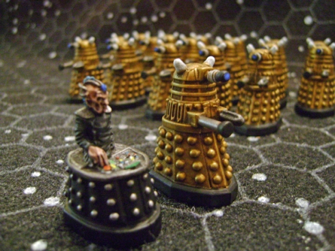 28mm Gold Daleks and Davros